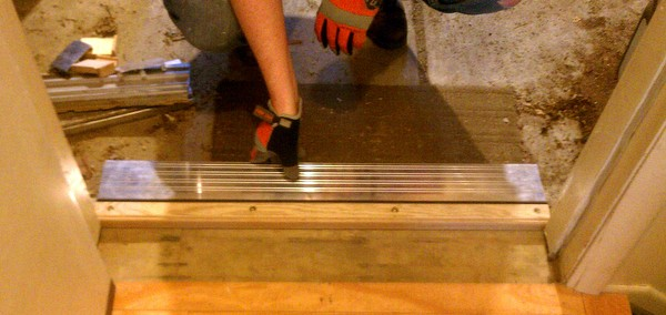 Checking the fit of the new threshold